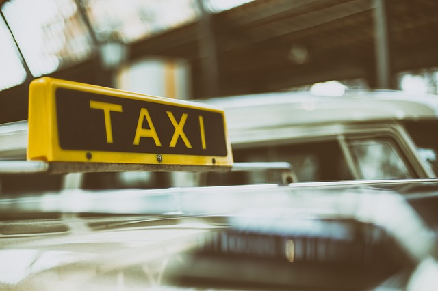 Gatwick Airport to Dover Taxi Transfers